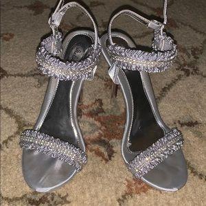 Italina heels size 8 in women's